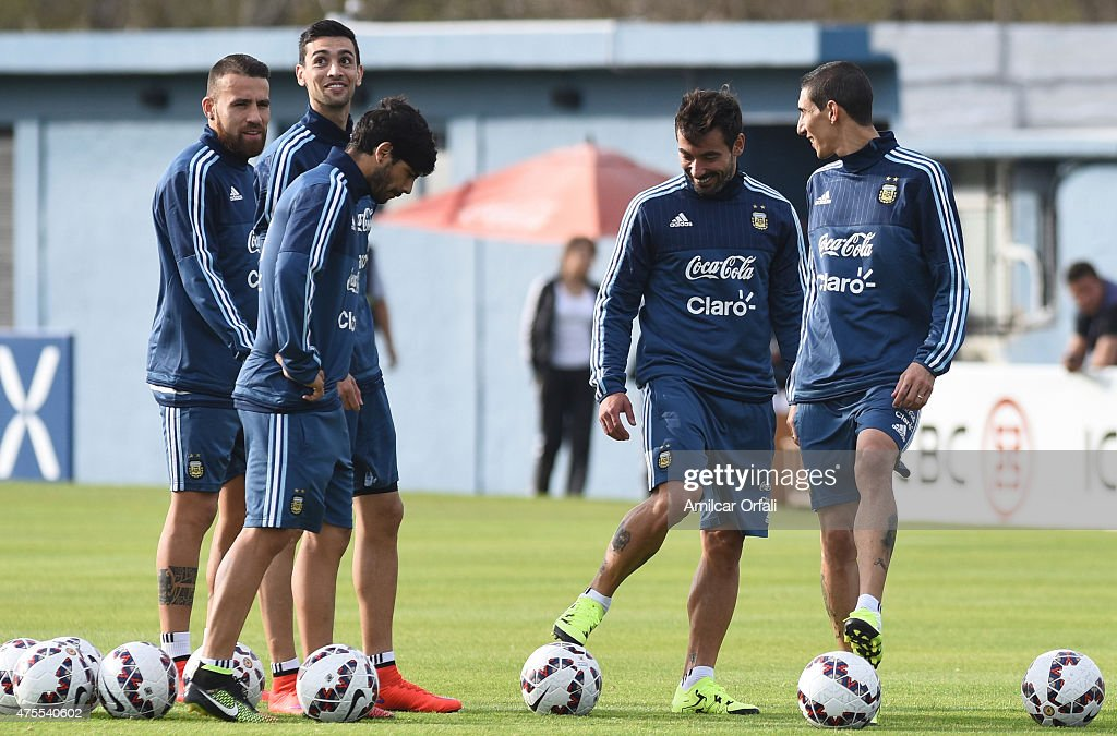 Players of Argentina during a training session at Argentine Football Association 'Julio Humberto Grondona' training camp on June 01, 2015 in Ezeiza, Argentina. Argentina will face its first match as part of Copa America Chile 2015 against Paraguay on June 13th, 2015.