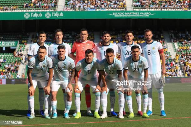 Players of Argentina line up prior the international friendly match between Ecuador and Argentina at Estadio Manuel Martinez Valero on October 13,...