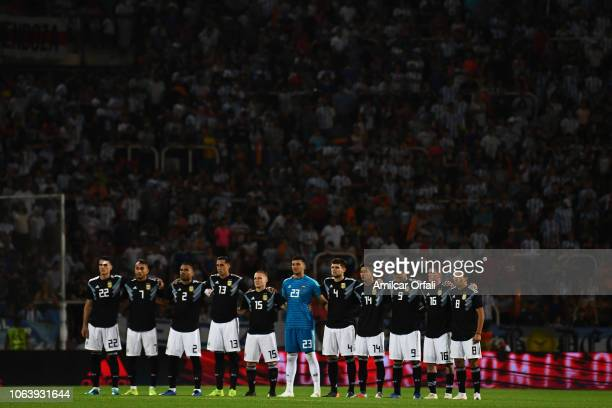 Players of Argentina observe a minute of silence in tribute to the crew of the submarine ARA San Juan prior a friendly match between Argentina and...