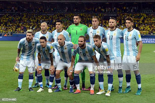 Players of Argentina pose prior a match between Argentina and Brazil as part of FIFA 2018 World Cup Qualifiers at Mineirao Stadium on November 10...