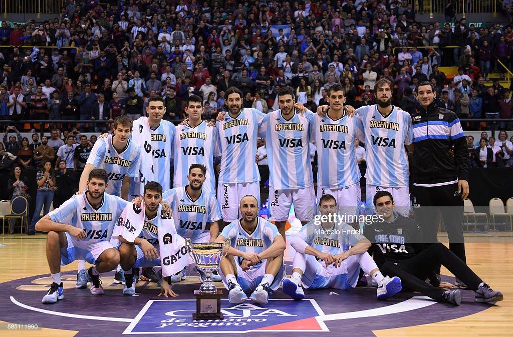 Argentina v France - Super 4 : Photo d'actualité