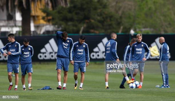 Players of Argentina walk during a training session at Argentine Football Association 'Julio Humberto Grondona' training camp on October 03 2017 in...