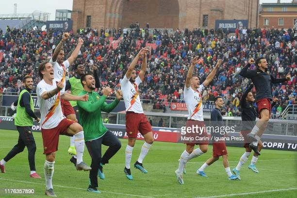 players of AS Roma celebrate at the end of the Serie A match between Bologna FC and AS Roma at Stadio Renato Dall'Ara on September 22 2019 in Bologna...