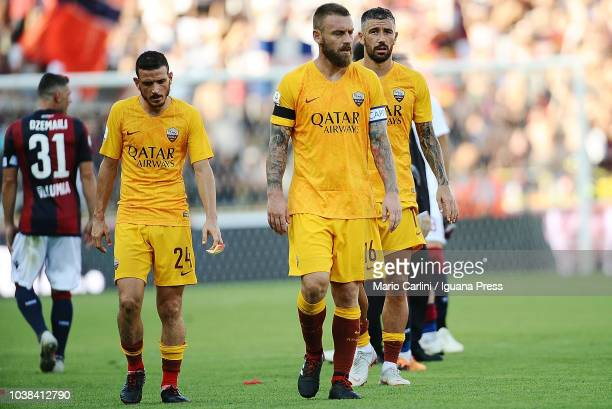 players of AS Roma look dejected at the end of the serie A match between Bologna FC and AS Roma at Stadio Renato Dall'Ara on September 23 2018 in...