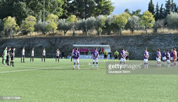 Players of Ascoli Calcio 1898 FC and players ACF Fiorentina line up for a minute of silence prior the Primavera 1 match between Ascoli Calcio and ACF...
