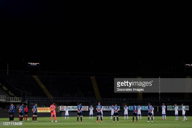 Players of Atalanta Bergamo and Brescia during the Italian Serie A match between Atalanta Bergamo v Brescia at the Stadio Atleti Azzurri d Italia on...