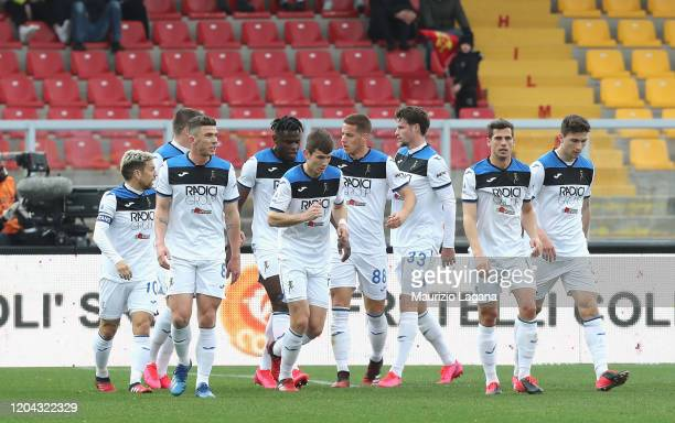 Players of Atalanta celebrate the opening goal during the Serie A match between US Lecce and Atalanta BC at Stadio Via del Mare on March 1 2020 in...