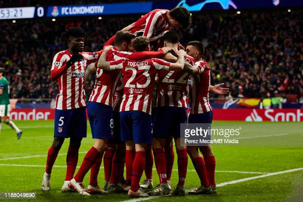 Players of Atletico de Madrid celebrate the second goal of Atletico de Madrid during the UEFA Champions League group D match between Atletico Madrid...