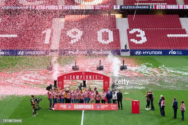 Players of Atletico de Madrid celebrates winning La Liga at Estadio Wanda Metropolitano on May 23, 2021 in Madrid, Spain.