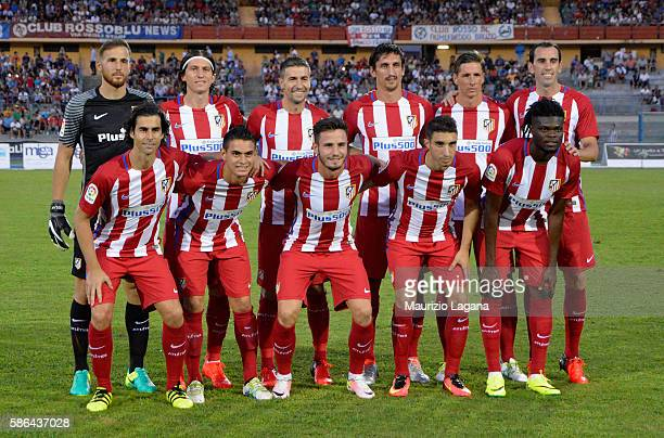 Players of Atletico de Madrid pose for photo prior to a preseason friendly match between FC Crotone and Club Atletico de Madrid at Stadio Comunale...