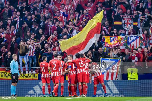 Players of Atletico Madrid celebrates during the UEFA Europa League quarter final leg one match between Atletico Madrid and Sporting CP at Wanda...