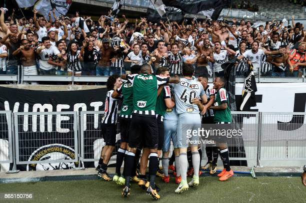 Players of Atletico MG celebrates a scored goal against Cruzeiro during a match between Cruzeiro and Atletico MG as part of Brasileirao Series A 2017...