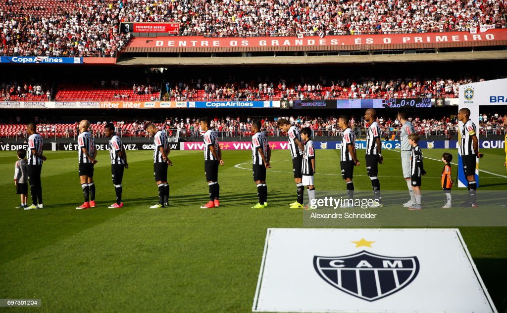 Players of Atletico MG stand for the national anthen before the match between Sao Paulo and Atletico MG for the Brasileirao Series A 2017 at Morumbi Stadium on June 18, 2017 in Sao Paulo, Brazil.