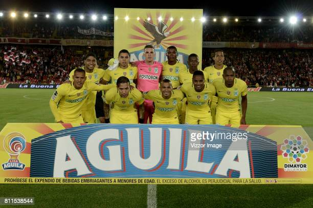 Players of Atletico Nacional pose for a team photo prior to the match between Independiente Santa Fe and Atletico Nacional as part of Liga Aguila II...