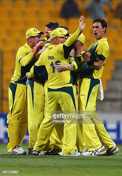 Players of Australia celebrates after winning the third match of the one day international series between Australia and Pakistan at Sheikh Zayed...