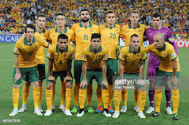 Players of Australia pose for a team photo before the 2015 Asian Cup match between China PR and the Australian Socceroos at Suncorp Stadium on...