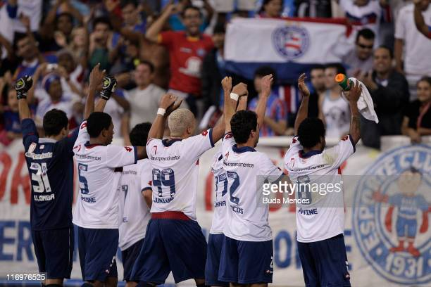 Players of Bahia celebrates scored goal during a match as part of Brazilian Championship Serie A at Engenhao Stadium on June 18, 2011 in Rio de...