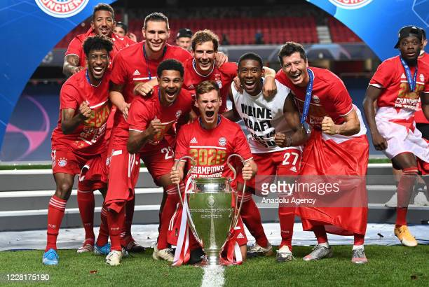 Players of Bayern Munich celebrate at the end of the UEFA Champions League final football match between Paris Saint-Germain and Bayern Munich at the...