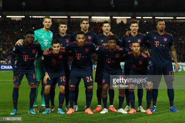 Players of Bayern Munich pose for a team photograph prior to the UEFA Champions League group B match between Crvena Zvezda and Bayern Muenchen at...