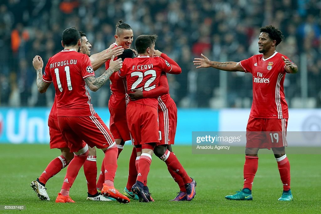Besiktas vs SL Benfica - UEFA Champions League : News Photo