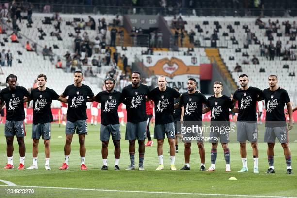 Players of Besiktas wear t-shirts with theme of Turkeyâs Victory Day ahead of Turkish Super Lig match between Besiktas and VavaCars Fatih Karagumruk...