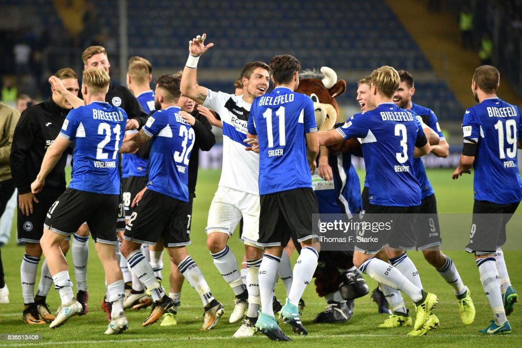 Players of Bielefeld celebrater after winning the Second Bundesliga match between DSC Arminia Bielefeld and VfL Bochum 1848 at Schueco Arena on August 21, 2017 in Bielefeld, Germany.