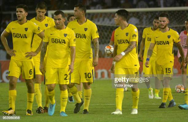 Players of Boca leave the field after a Copa CONMEBOL Libertadores match between Junior and Boca Juniors at Estadio Metropolitano on May 2, 2018 in...