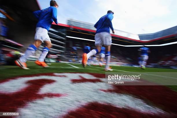 Players of Bochum enter the pitch to warm up for the Second Bundesliga match between 1 FC Kaiserslautern and VfL Bochum at FritzWalterStadion on...
