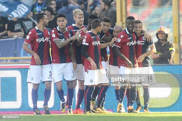 players of Bologna FC celebrate after scoring a goal during the Serie A match between Bologna FC and Spal at Stadio Renato Dall'Ara on October 15...