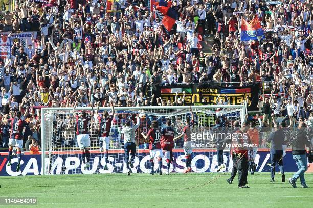 players of Bologna FC celebrate at the end of during the Serie A match between Bologna FC and Empoli at Stadio Renato Dall'Ara on April 27 2019 in...