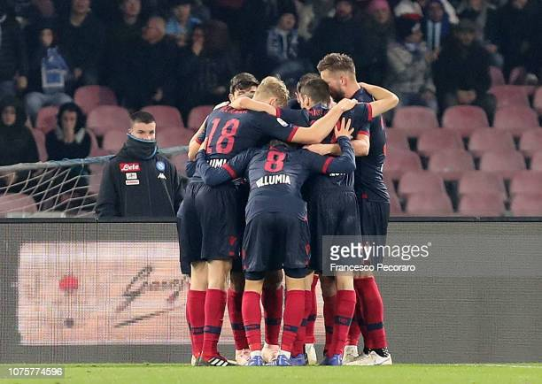 Players of Bologna FC celebrate the 22 goal scored by Danilo during the Serie A match between SSC Napoli and Bologna FC at Stadio San Paolo on...
