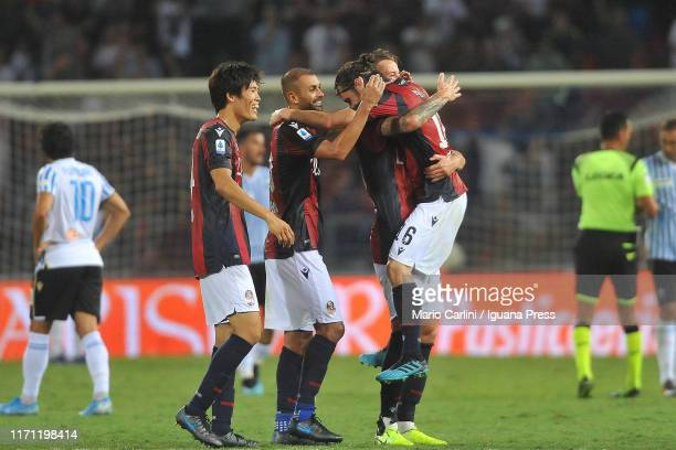 Players of Bologna FC celebrate winning the Serie A match between Bologna FC and SPAL at Stadio Renato Dall'Ara on August 30, 2019 in Bologna, Italy.