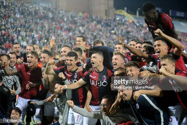 players of Bologna FC celebrates at the end of the Serie A match between Bologna FC and SSC Napoli at Stadio Renato Dall'Ara on May 25 2019 in...