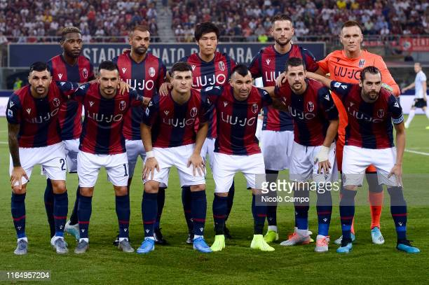 Players of Bologna FC pose for a team photo prior to the Serie A football match between Bologna FC and SPAL Bologna FC won 10 over SPAL