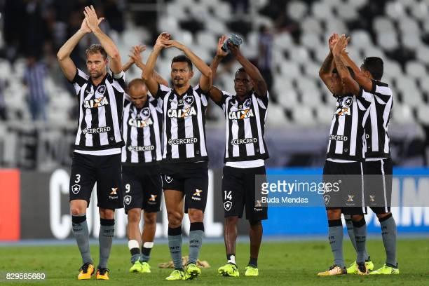 Players of Botafogo celebrate the victory during a match between Botafogo and Nacional URU as part of Copa Bridgestone Libertadores 2017 at Nilton...