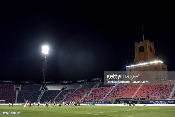 Players of both teams observe a minute of silence before the Serie A match between Bologna FC and Juventus at Stadio Renato Dall'Ara on June 22, 2020...