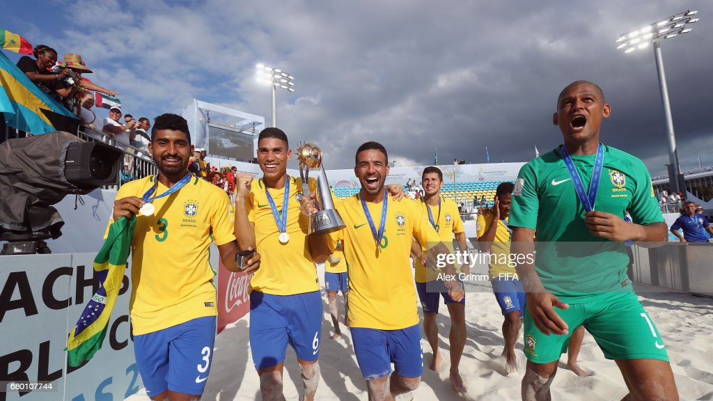 Players of Brazil celebrate with the fans after winning the FIFA Beach Soccer World Cup Bahamas 2017 final between Tahiti and Brazil at National Beach Soccer Arena at Malcolm Park on May 7, 2017 in Nassau, Bahamas.