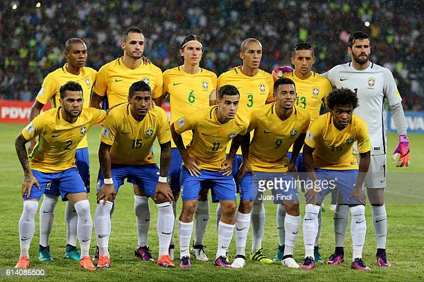 Players of Brazil pose for a team picture before a match between Venezuela and Brazil as part of FIFA 2018 World Cup Qualifiers at Metropolitano...