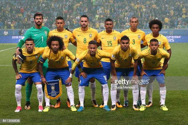 Players of Brazil pose for photographers during a match between Brazil and Ecuador as part of 2018 FIFA World Cup Russia Qualifier at Arena do Gremio...