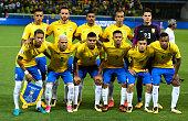sao paulo brazil players brazil pose