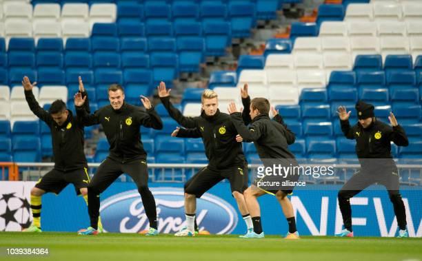Players of Bundesliga soccer club Borussia Dortmund , Ilkay Guendogan , Kevin Grosskreutz, Marco Reus, Mario Goetze and Marcel Schmelzer, take part...
