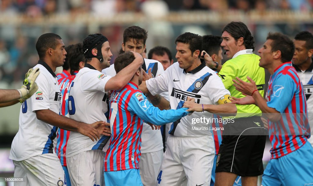 Players of Calcio Catania and FC Internazionale during the Serie A match between Calcio Catania and FC Internazionale Milano at Stadio Angelo Massimino on March 3, 2013 in Catania, Italy.