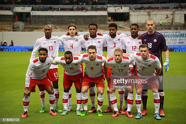 Players of Canada pose prior the match between Mexico and Canada as part of the FIFA 2018 World Cup Qualifiers at Azteca Stadium on March 29 2016 in...