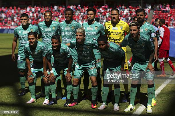 Players of Chiapas pose for a photo prior a match between Toluca and Chiapas as part of the Clausura 2017 Liga MX at Nemesio Diez Stadium on January...