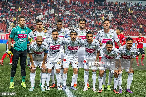 Players of Chiapas pose prior the 14th round match between Tijuana and Chiapas as part of the Torneo Apertura 2016 Liga MX at Caliente Stadium on...