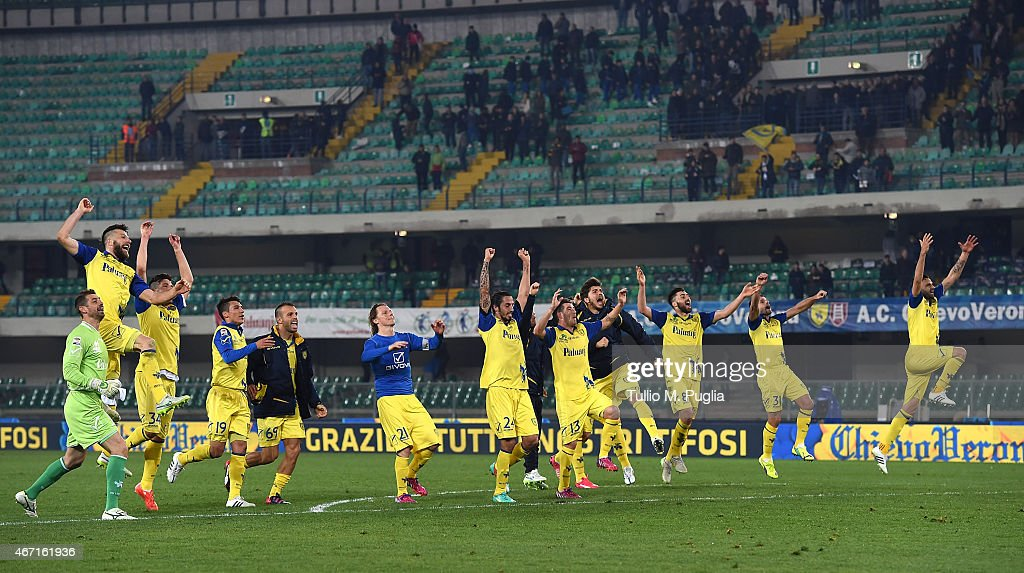 Players of Chievo celebrate after winning the Serie A match between AC Chievo Verona and US Citta di Palermo at Stadio Marc'Antonio Bentegodi on March 21, 2015 in Verona, Italy.
