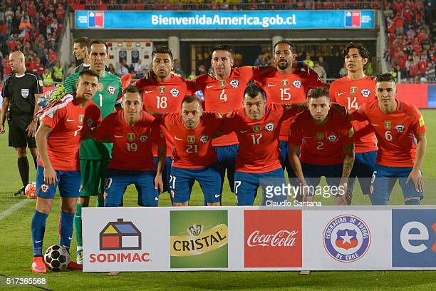 Players of Chile pose prior a match between Chile and Argentina as part of FIFA 2018 World Cup Qualifiers at Nacional Stadium on March 24 2016 in...