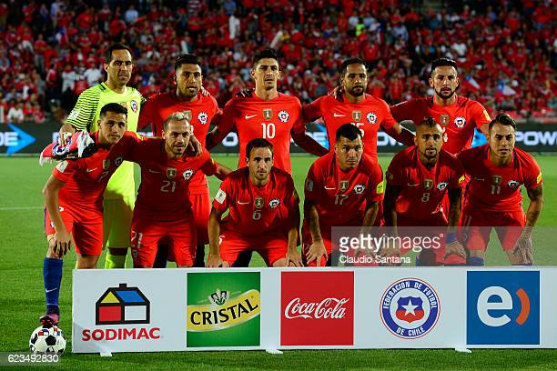 Players of Chile pose prior a match between Chile and Uruguay as part of FIFA 2018 World Cup Qualifiers at Nacional Julio Martinez Pradanos Stadium...