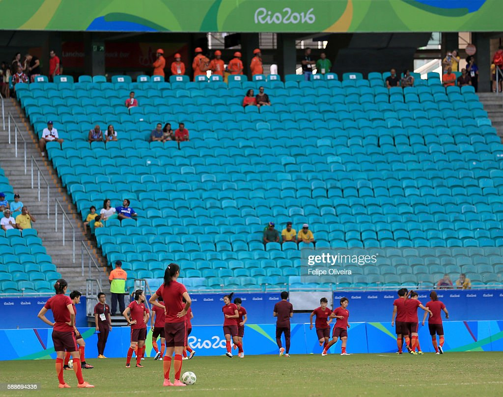 Players of China warm up prior to the Women's Football Quarterfinal match between China and Germany on Day 7 of the Rio 2016 Olympic Games at Arena Fonte Nova on August 12, 2016 in Salvador, Brazil.