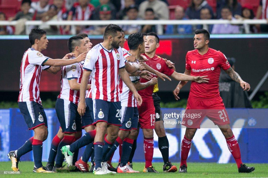 Chivas v Toluca - Torneo Apertura 2017 Liga MX : News Photo